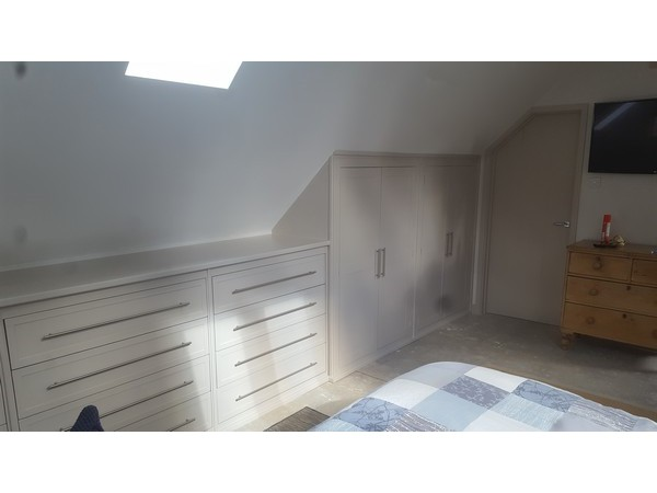 Fitted_Wardrobes_04