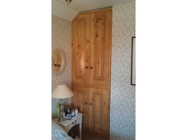 Fitted_Wardrobes_08